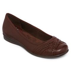 Yuu™ Gail Slip-On Flats in Wide Width
