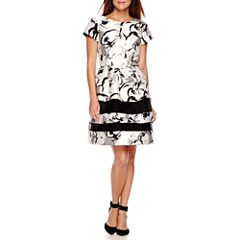 Scarlett Short-Sleeve Floral Print Fit-and-Flare Dress - Petite