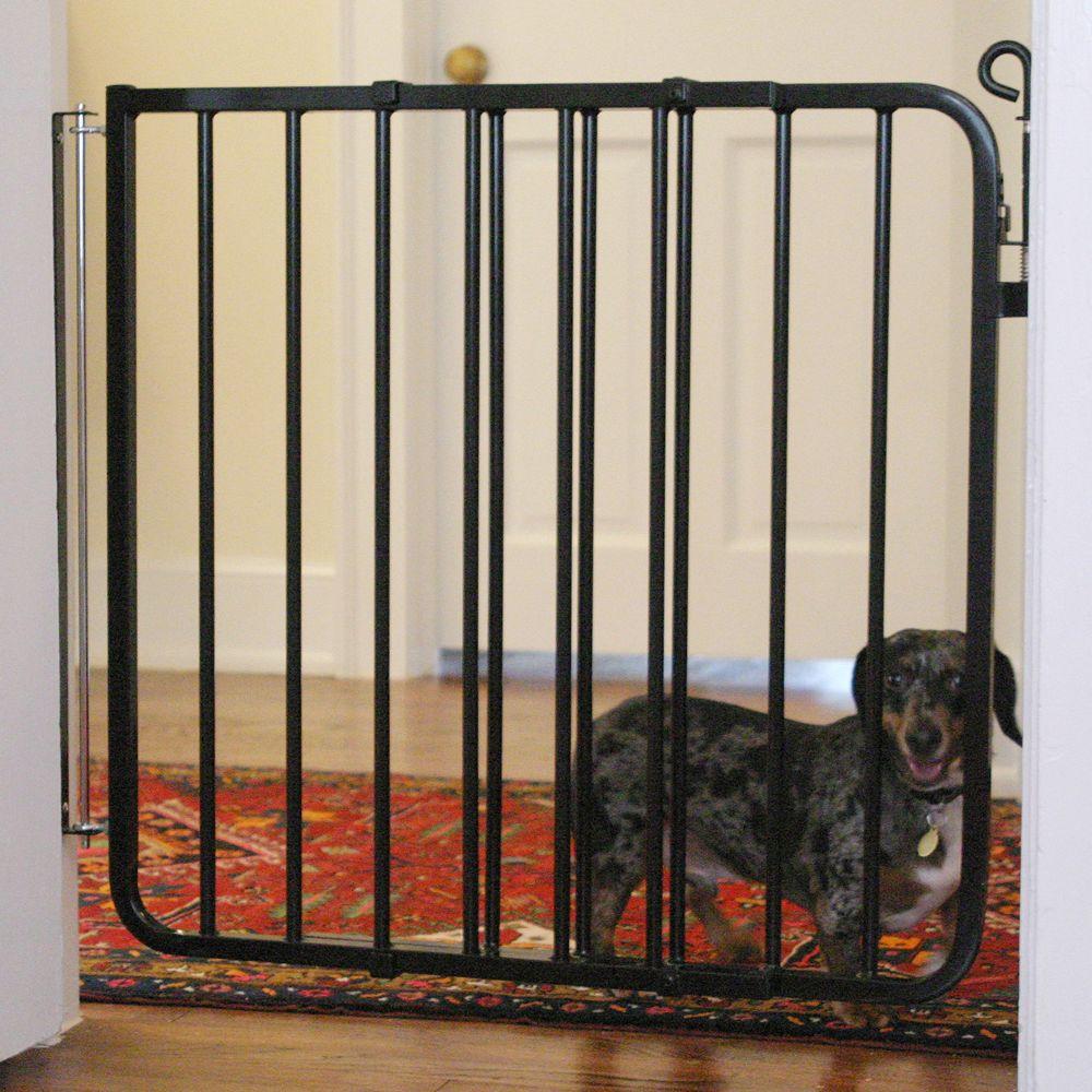 Cardinal Gates Auto Lock Pet Gate Black