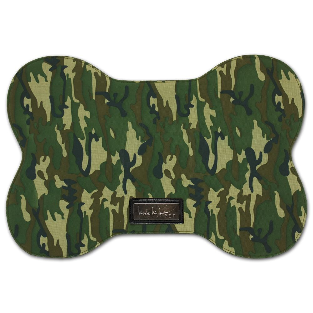 Nicole Miller Camo Green Placemat Size 13l X 20w