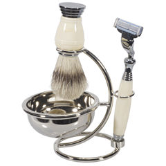 Naturally by Kingsley 4-pc. Shave Set