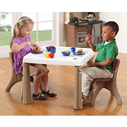 Kids' Tables and Chairs