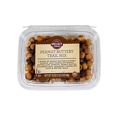 Wellsley Farms Peanut Buttery Trail Mix, 19 oz.