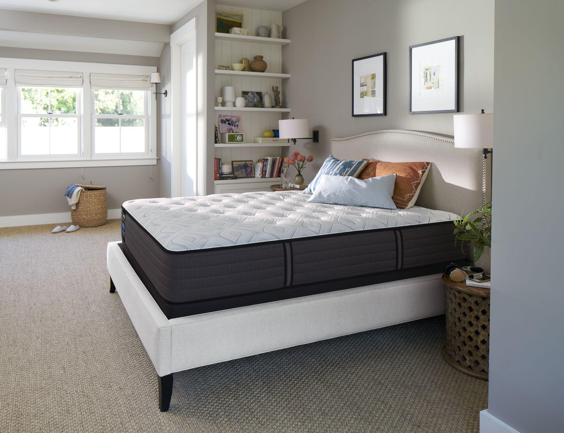 Sealy Response Premium West Avenue Cushion Firm Queen Size Mattress