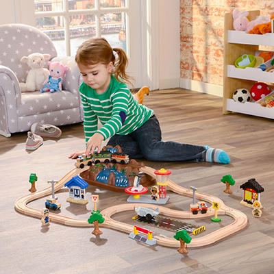 KidKraft 61-Pc. Bucket Top Mountain Train Set