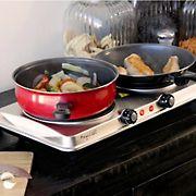 MegaChef Electric Easily Portable Heavy Duty Lightweight Dual Size Infrared Burner Cooktop Buffet Range - Sleek Steel