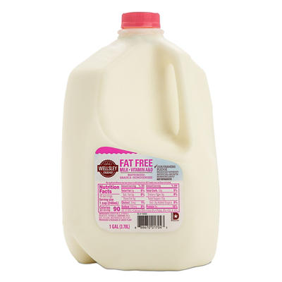 Wellsley Farms Skim Milk, 1 gal.