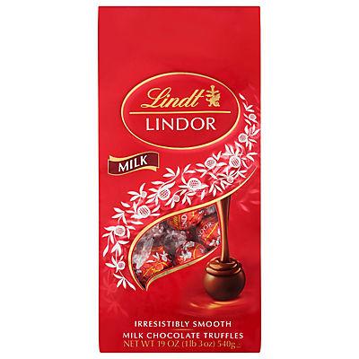 Lindt Lindor Milk Chocolate Truffles, 19 oz.