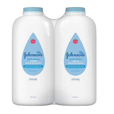 Johnson's Naturally Derived Cornstarch Baby Powder with Aloe & Vitamin