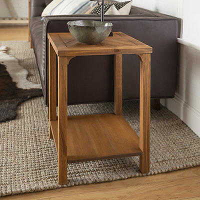 "W. Trends Traditional 18"" Solid Wood Side End Table - Caramel"