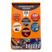 Hershey's Chocolate Town Variety Pack, 135 ct.