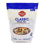 Wellsley Farms Classic Trail Mix. 42 oz.