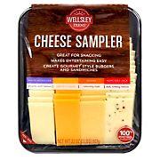 Wellsley Farms Signature Cheese Sampler, 32 oz.