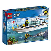 LEGO Creator or City Set - City 60221