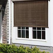 Sol Armor 7' x 6' Cordless Outdoor Sun Shade - Sequoia