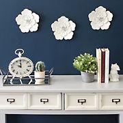 Stratton Home Decor 3-Pc. White Metal Wall Flowers Set