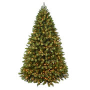 Puleo International 7.5' Middlebury Spruce Pre-Lit Tree with 900 ct. Lights