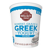 Wellsley Farms Plain Nonfat Greek Yogurt, 40 oz.