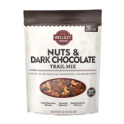Wellsley Farms Nuts and Dark Chocolate Trail Mix, 26 oz.