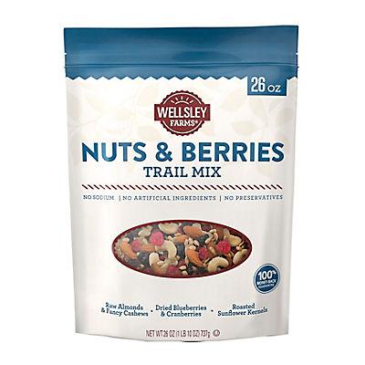 Wellsley Farms Nuts & Berries Trail Mix, 26 oz.