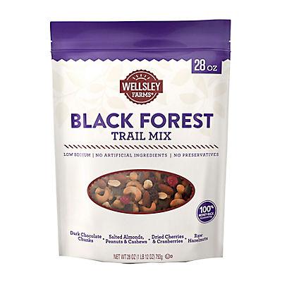 Wellsley Farms Black Forest Trail Mix, 28 oz.