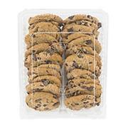 Wellsley Farms Chocolate Chunk Cookies, 37 oz.